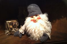 Elf, Christmas Time, Winter Hats, Crochet Hats, Design, Fashion, Knitting Hats, Moda, Fashion Styles
