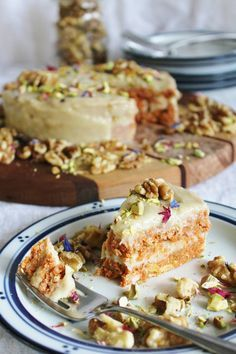 Raw Carrot Cake - This raw vegan carrot cake from the Rawsome Vegan Baking cookbook is seriously delicious.