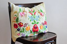 Vintage Hand Embroidered Pillow/ Pillow case, Decorative pillow, Folk Art Embroidery, Kalocsa Pillow by ColoursAndSoul on Etsy