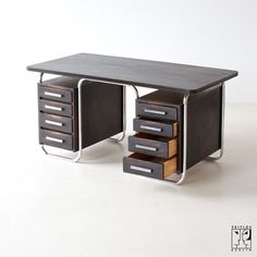 Bauhaus tubular steel desk - Iconic Furniture Design - Amazing for a home office
