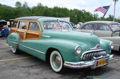 1948 Buick Woody Wagon at Classic Car Show