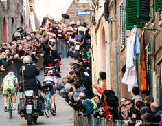 Michal Kwiatkowski dropping Peter Sagan on the final climb before the finish of Strade Bianche