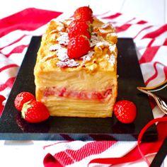 苺のガトー・インビジブル Low Carb Sweets, Sweets Recipes, Desert Recipes, Waffles, Berries, Cheesecake, Deserts, Food And Drink, Favorite Recipes