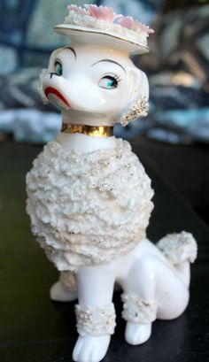 """Vintage 8"""" Spaghetti Poodle Figurine Dog Hat Gold Gilt 