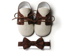 Pink2Blue's Lucas Baby Boy Golf Shoe/Booties and Bow Tie, Brown Checked, Linen, Infant, Handmade by pink2blue.. $47.00, via Etsy.