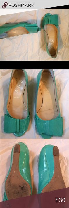 BUTTER made in Italy soft leather patent wedges 6 Beautiful soft Italian leather shoes - BUTTER. Made in Italy. Size 6. In a teal patent leather. Condition: good. Soles are worn from street wear. Thank you for looking! Butter Shoes Shoes Wedges