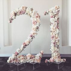 18 best Ideas for birthday party decoration 18 Birthday, Birthday Numbers, 18th Birthday Decor, Yellow Birthday, Birthday Games, 21 Party, 30th Party, 21st Birthday Parties, Quinceanera