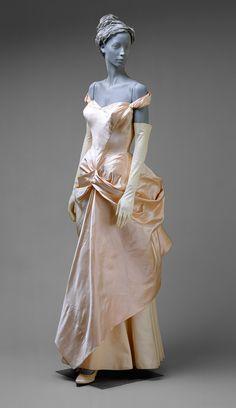 Charles James: Wedding dress (1993.427) | Heilbrunn Timeline of Art History | The Metropolitan Museum of Art