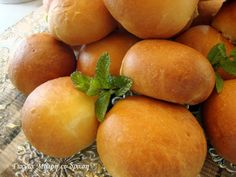 2 Food Art, Plum, Mango, Fruit, Cooking, Recipes, Breakfast Ideas, Greek, Manga
