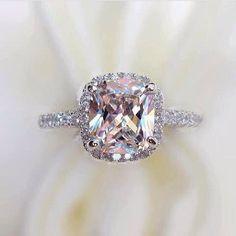 Love !!!! IF BIIIIIIIIGGG IF I ever get married again, I want a morganite ring