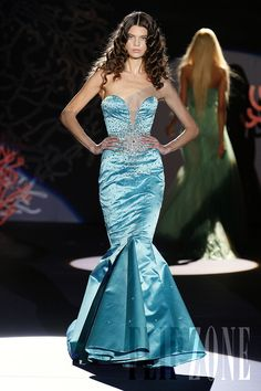 Zuhair Murad – 52 photos - the complete collection Style Couture, Couture Fashion, Net Fashion, Zuhair Murad Dresses, International Fashion Designers, Hollywood Dress, Mermaid Bridesmaid Dresses, Fashion Pictures, Ideias Fashion