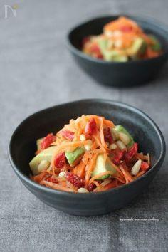生姜をたっぷりきかせたキャロットラぺ☆  赤×緑でクリスマスの前菜やサラダにもおすすめです。