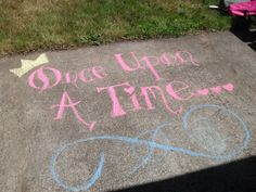 """Someone come draw with me. I rediscovered my old time favorites! Chalk drawings"""" I giggle -autumn"""