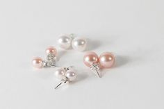 Classic pearl earrings from mariliissepper.com