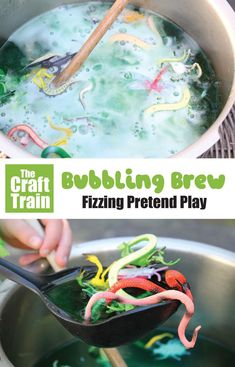 Bubbling Brew for Pretend Play. This is a fun messy play fizzing science activity for preschoolers. They can pretend to be witches and wizards making a magic potion. This makes a fun Halloween activity kids will love which is easy to prep and set up #halloween #bubblingbrew #pretendplay #kidsactivities #halloweencrafts #thecrafttrain #kidsscience #messyfun