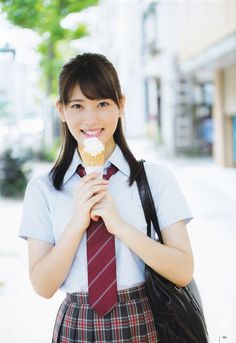 伊藤純奈 Junna Ito School Uniform Girls, Girls Uniforms, Oriental, Daniel Wellington, Haikyuu, Asian Girl, Idol, Costumes, Lady