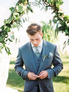 Dapper groom: http://www.stylemepretty.com/little-black-book-blog/2016/08/01/rustic-glam-wedding-inspiration-win/ | Photography: Kristin La Voie Photography - http://kristinlavoiephotography.com/