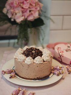 Mailiksen keittiössä Nutella, Oreo, Cheesecake, Desserts, Food, Tailgate Desserts, Deserts, Cheesecakes, Essen