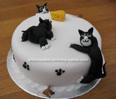 ... about Cat Cakes on Pinterest  Cat cakes, Kitty cake and Kitten cake