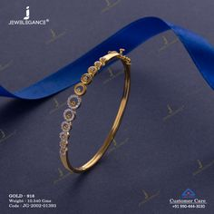 Allure with beautiful gold jewellery… Gold Chain Design, Gold Ring Designs, Gold Bangles Design, Gold Jewellery Design, Gold Jewelry Simple, Gold Rings Jewelry, Jewelry Design Earrings, Gold Earrings Designs, Gold Bracelet For Women