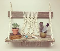 "102 mentions J'aime, 13 commentaires - Fall & Found (@fallandfound) sur Instagram : ""Ok I promise last one for today. Gotta get them listed! This Macrame Shelf was totally a pain in…"""