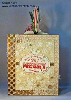 Make It Merry Close To My Heart Hip Pics Album Holiday and Christmas Organizer and Mini Album using Yuletide Carol Paper