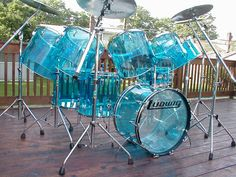 Blue see through Ludwig drums - If it was a little darker, it would be my all-time-favorite drum set. I don`t need no stinking double-bass drums. How To Play Drums, Learn To Play Guitar, Guitar Art, Cool Guitar, Guitar Painting, Violin, Music Aesthetic, Blue Aesthetic, Ludwig Drums