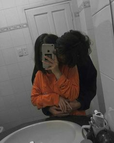✔ Cute Things For Her Couple Cute Couples Photos, Cute Couple Pictures, Cute Couples Goals, Couple Pics, Beautiful Pictures, Couple Goals Relationships, Relationship Goals Pictures, Relationship Tattoos, Relationship Advice