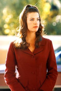 """"""" Still of Faye, portrayed by Liv Tyler in That Thing You Do! (1996) """""""