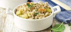 This Herbed Barley Casserole With Piñon Nuts Recipe uses pine nuts to flavor the casserole, a perfect choice for your next lunch or dinner meal. Nut Recipes, Real Food Recipes, Yummy Food, Healthy Recipes, French Recipes, Russian Recipes, Vegan Heavy Cream, Korn, Vegetarische Rezepte