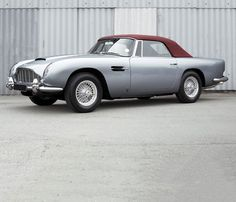 Aston Martin - Classic!