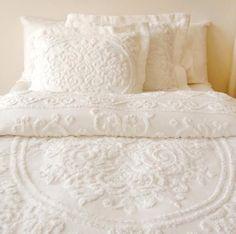 White on White bedding; layers of white bedding Dream Bedroom, Home Bedroom, Bedroom Decor, Home Design, Interior Design, Home Goods Decor, Home Decor, White Bedding, White Coverlet