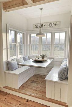 Coastal home interior design ideas (37)