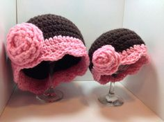 Browns & pinks are a perfect combination for this set. Mommy & Me. Free Hat pattern