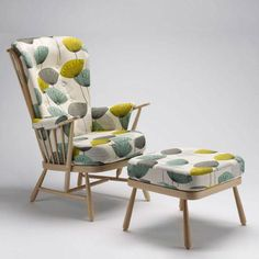 Temperature Design : ERCOL Evergreen Chair for the bedroom? Contemporary Furniture, Zen Interiors, Upcycled Furniture, Furniture, Chair, Ercol Furniture, Retro Home Decor, Upholstery, Vintage Furniture