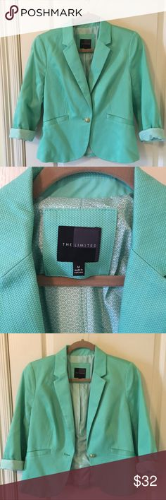The Limited Mint green blazer This mint green blazer is a lightweight spring staple for your wardrobe. Sleeves can be rolled as shown or unrolled for extra length. Only worn a couple times and is in like-new condition. The Limited Jackets & Coats Blazers