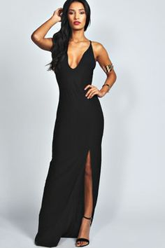 Sophie Plunge Neck Front Split Maxi Dress from boohoo. Saved to dresses👗. Shop more products from boohoo on Wanelo. Cheap Maxi Dresses, Day Dresses, Cocktail Simple, Bodycon Fashion, Floor Length Dresses, Going Out Dresses, Bustier, Mi Long, Online Shopping Clothes