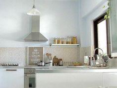 10 Small Kitchens | HGTV