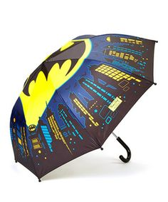 Rainy days are no match for this sweet superhero umbrella. In addition to the bold and heroic graphic style, it features a no-pinch design and a cool shape that keeps raindrops from falling on newly combed coifs.