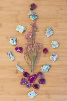 Gems emit energetic vibrations that impact how you sense, feel, and move in your space. Crystal Magic, Crystal Grid, Crystal Ball, Crystal Healing, Healing Stones, Crystals And Gemstones, Stones And Crystals, Crystal Mandala, Second Hand Stores
