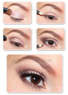 pink and brown make-up<3