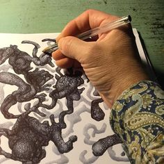 Ballpoint pen drawing. Shape on shape on shape. #fineart #alberorepetti #drawing #drawings #ballpointpen #ballpoint #biropen #sketches #pennabiro #organic #pen