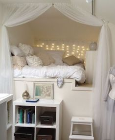 Nest for tween girl bedroom