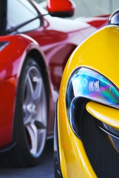 Macchine/Cars LaFerrari And. Rivals; Mclaren P1 Vs LaFerrari