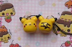 Pikachu charms RESTOCKED by ~kneazlegurl125 on deviantART Cute Polymer Clay, Fimo Clay, Polymer Clay Projects, Cute Clay, Polymer Clay Creations, Clay Pokemon, Clay Miniatures, Air Dry Clay, Clay Figures