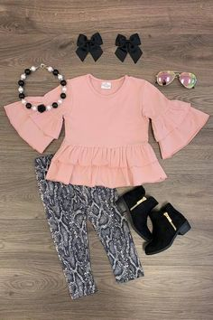 Blush Snakeskin Peplum Pant Set Girls Summer Outfits, Little Girl Outfits, Cute Outfits For Kids, Gucci Baby Clothes, Cute Baby Clothes, Peplum Pants, Printed Pants Outfits, Boutique Clothing, Kid Clothing