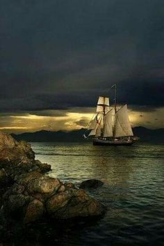 A New Zealand tall ship leaves Victoria Harbour off Vancouver Island heading into the sunset ~ photo by Jason van der Valk.sail away sail Beautiful World, Beautiful Places, Beautiful Pictures, Beautiful Sky, Tall Ships, Victoria Harbour, Foto Poster, Pirate Life, Sail Away