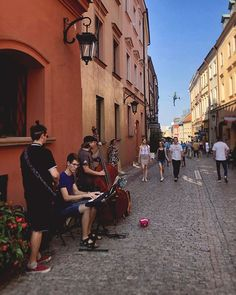 Catching some rays while listening to dulcet tones last days of summer in Lublin do not disappoint! Poland Travel, Last Day Of Summer, City Break, Amazing Destinations, Travel Pictures, Traveling, Wanderlust, Street View, Europe