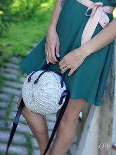Плетение из газет Homemade Bags, Old Baskets, Eco Friendly Bags, Jane Birkin, Basket Bag, Basket Decoration, Bag Making, Saddle Bags, Wicker