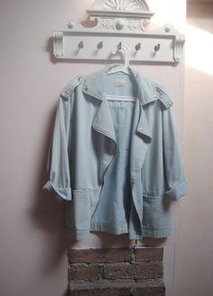 Kup mój przedmiot na #vintedpl http://www.vinted.pl/damska-odziez/marynarki-zakiety-blezery/9795065-jeansowa-ramoneska-oversize-w-stylu-michaela-jacksona